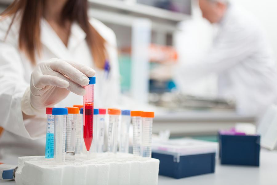 анализы крови в лаборатории